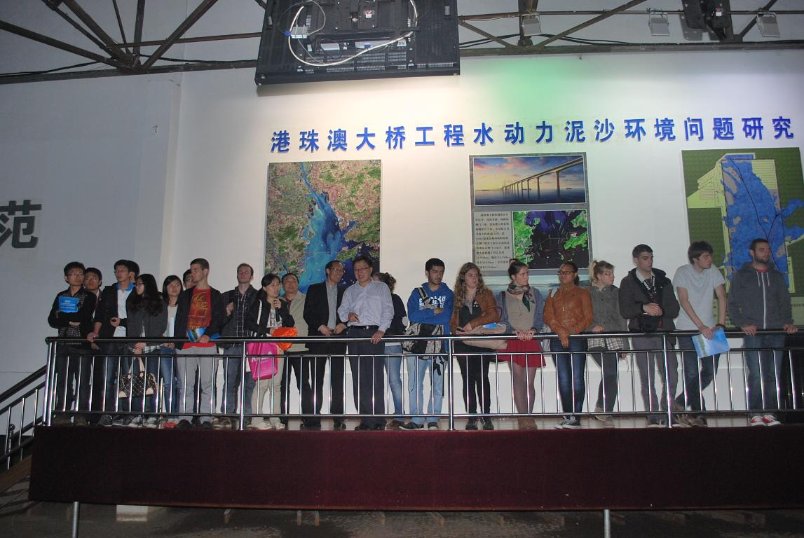 French students were observing the Model of Hong Kong- Zhuhai- Macao Bridge.